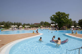 Camping Fornella Pool